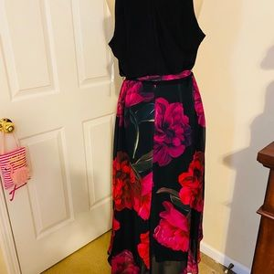 Maxi dress with floral bottom
